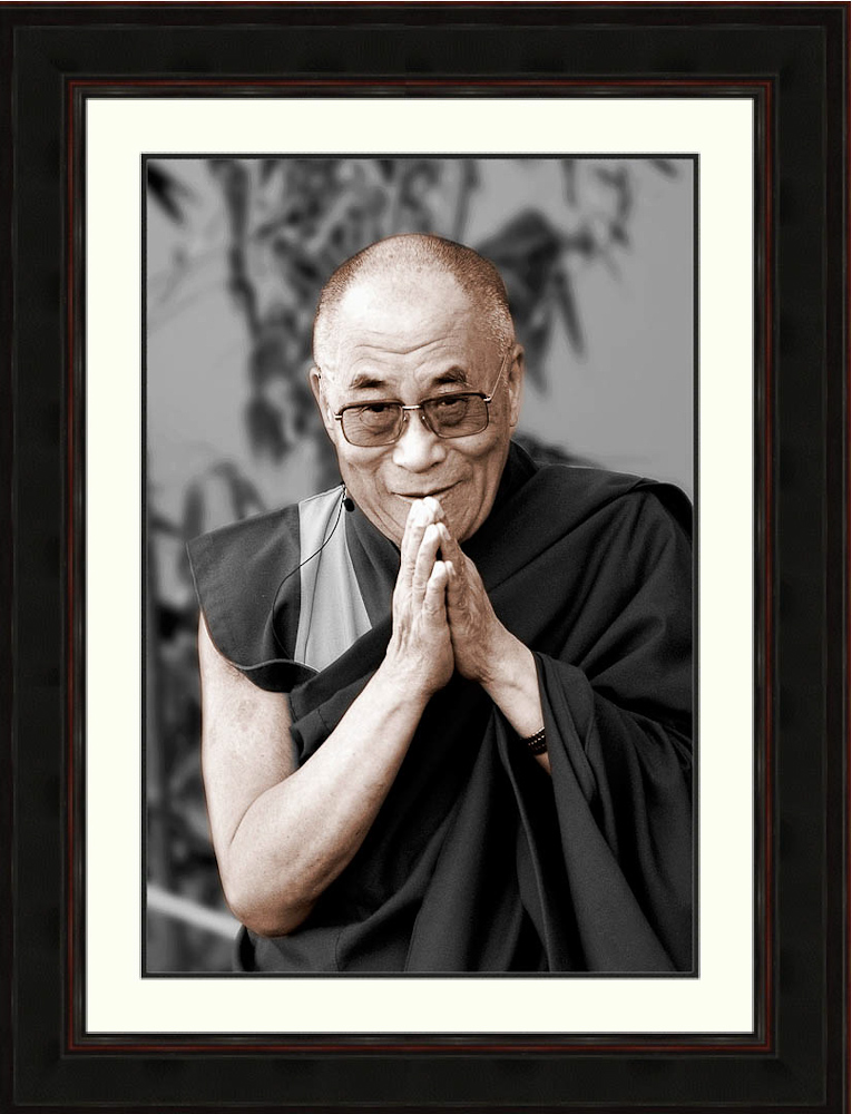 Dalai lama-greeting-peace-Ron Levy Photography