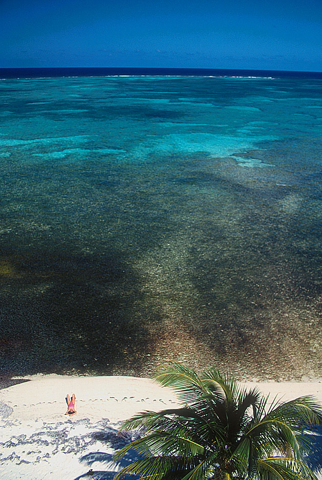 woman_secluded_beach-Belize